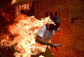 Venezuelano Ronaldo Schemidt vence prémio World Press Photo of the Year