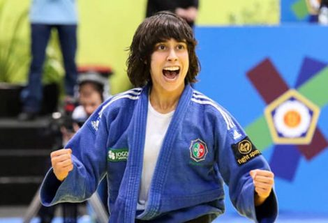 Catarina Costa conquista bronze no Grand Slam de Baku